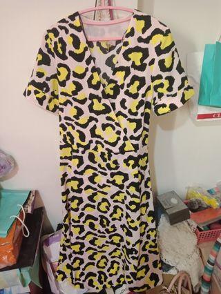 H&m粉紅豹紋俏皮洋裝