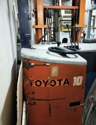 Toyota Reach Truck