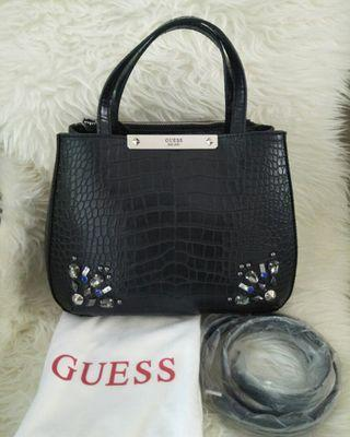 New Guess Black