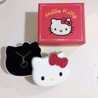 🚚 Hello Kitty Necklace