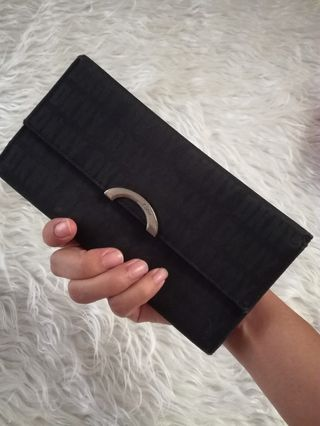 d4d0d81c9 dkny wallet | Women's Fashion | Carousell Philippines