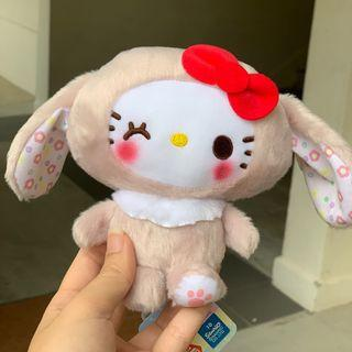 🚚 Hello Kitty Plush Toy