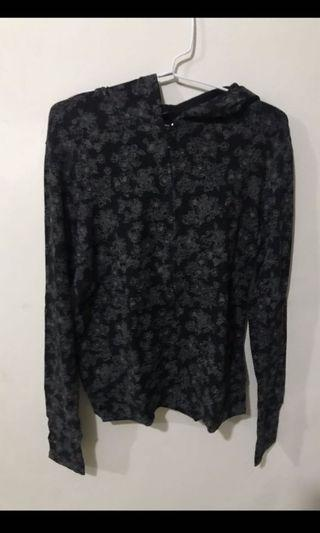 Black Flower Jaket Uniqlo