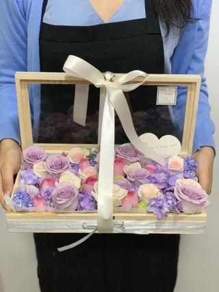 🚚 Wooden fresh flower box