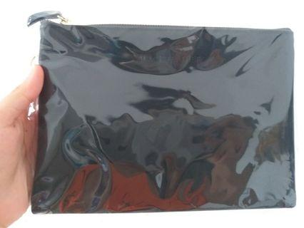 Bambam Black Feather pouch