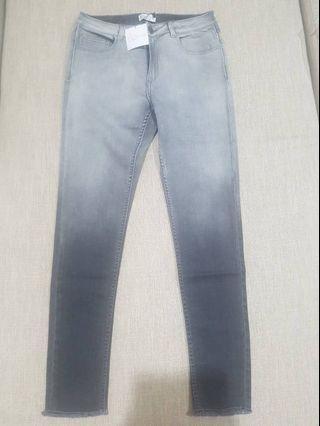 Celana Jeans natsoe size 26-32