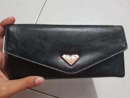 Dompet Roxy leather
