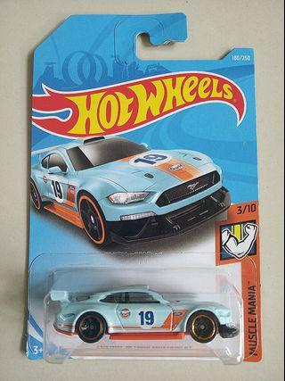 Hot Wheels 2019 Custom '18 Ford Mustang GT