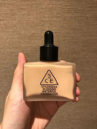 3CE Glossing Waterful Foundation (Soft Beige)