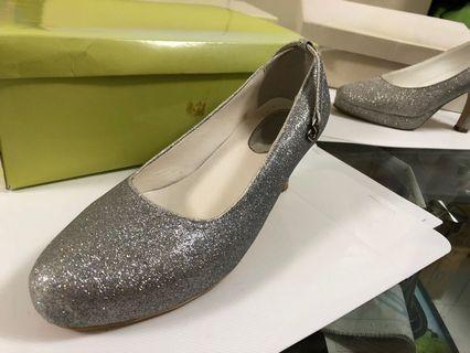 晚裝銀色閃高跟鞋