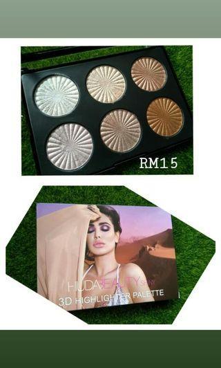 Huda Beauty 3D Highlighter