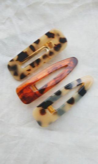 Marble barrete