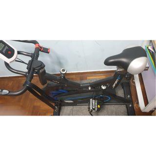Spin Bike Puma Spin Bike with an 8 KG flywheel.