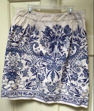 Women's 100% cotton blue/cream floral/toile skirt size 6
