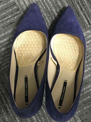 Zara shoe (not include postage) #letgo50