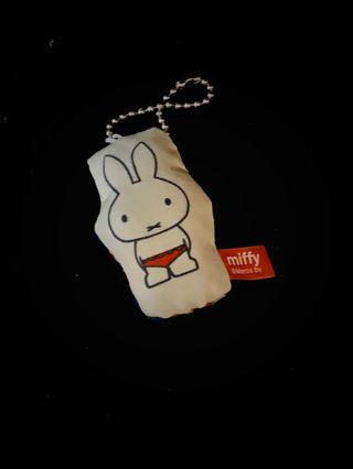 🚚 米菲兔吊飾