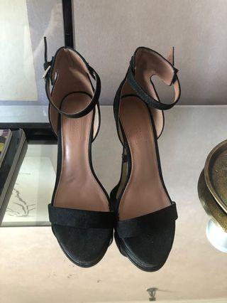 "79d97fc23b2c Bragais 6"" heels"