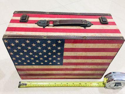 🚚 Storage Box, USA 🇺🇸 design! Cute abs value for $$$