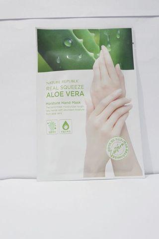 Nature Republic Real Squeeze Aloe Vera Hand Mask
