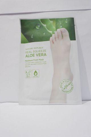 Nature Republic Real Squeeze Aloe Vera Foot Mask