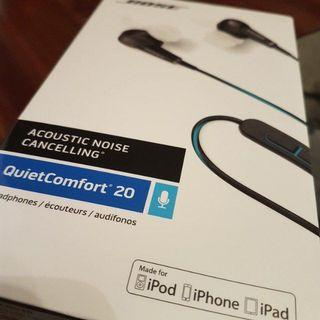 **Brand New and Sealed** QC20 Apple or Samsung (android)