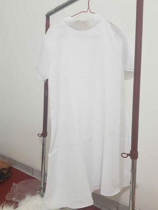 White Dress (2pcs) 50rb doang (BARU)