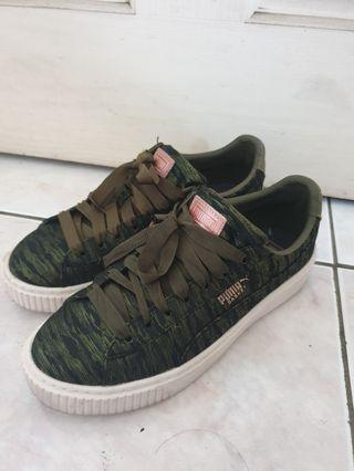 🚚 PUMA 綠迷彩鬆糕鞋