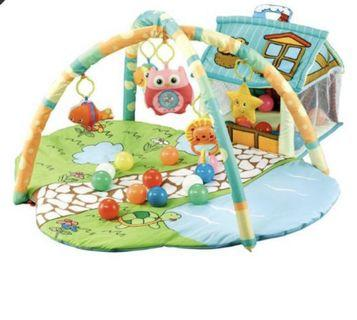 Colourful baby play-mat