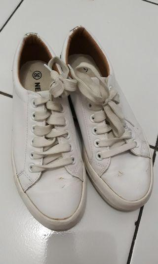 nevada white shoes