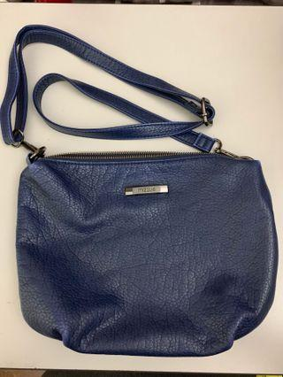 Mizzue Sling Bag Navy Blue