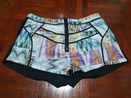 [FREE DELIVERY]: Brand new Kitschen hot pants