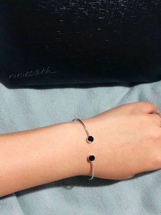 BLACK DOT BRACELET/ GELANG