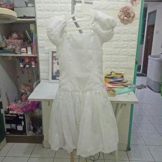 White Dress putih/ dress balon / gaun balon