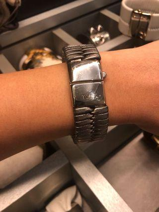 🚚 Authentic Tods Silver cuff.