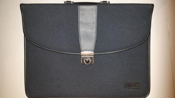 Stylish Canvas Briefcase