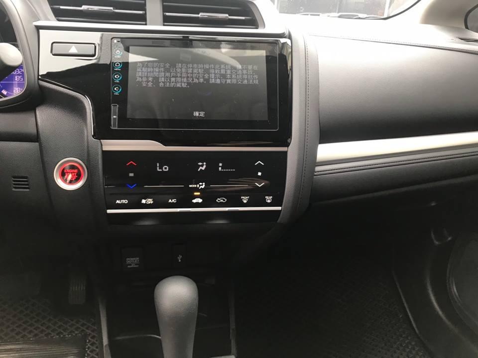 本田 2018 FIT S版 僅跑3000公里 價錢隨意 合理