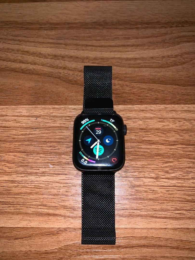 Apple Watch series 4 stainless steel Milanese loop