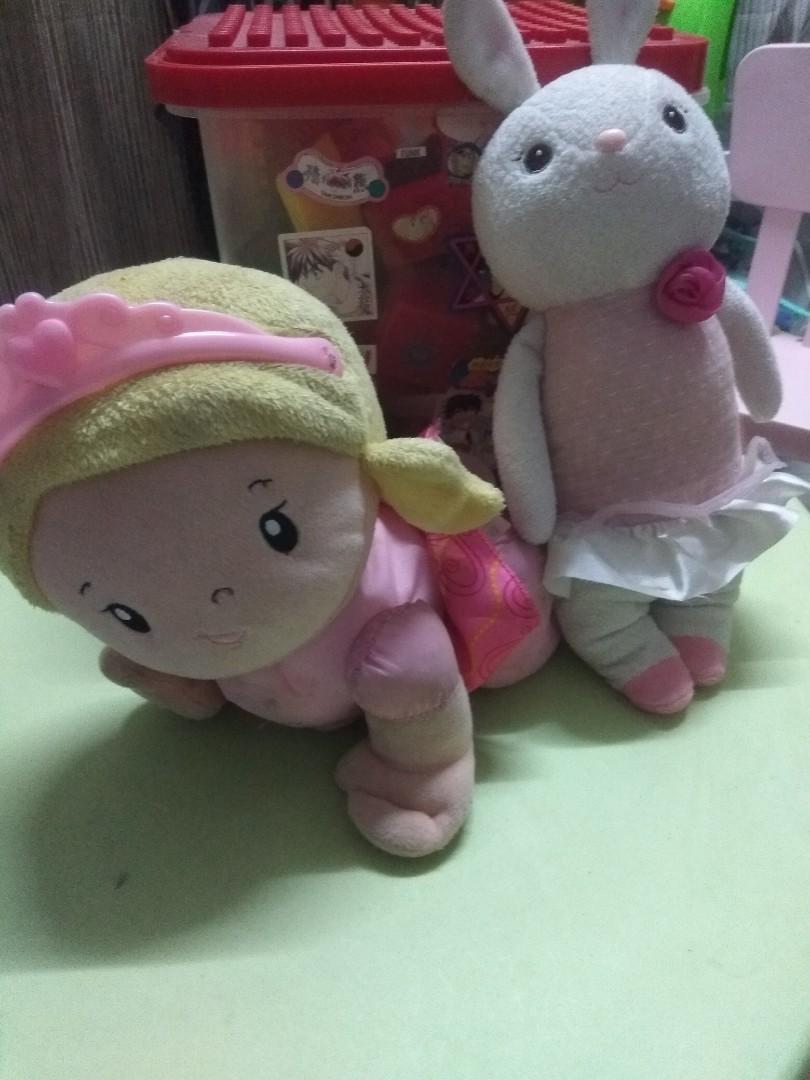 Baby set (crawling fisher price doll)