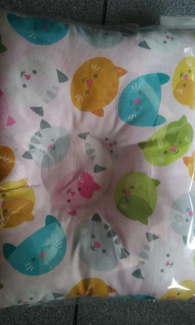 Bantal Peang dan Baju bayi New Born