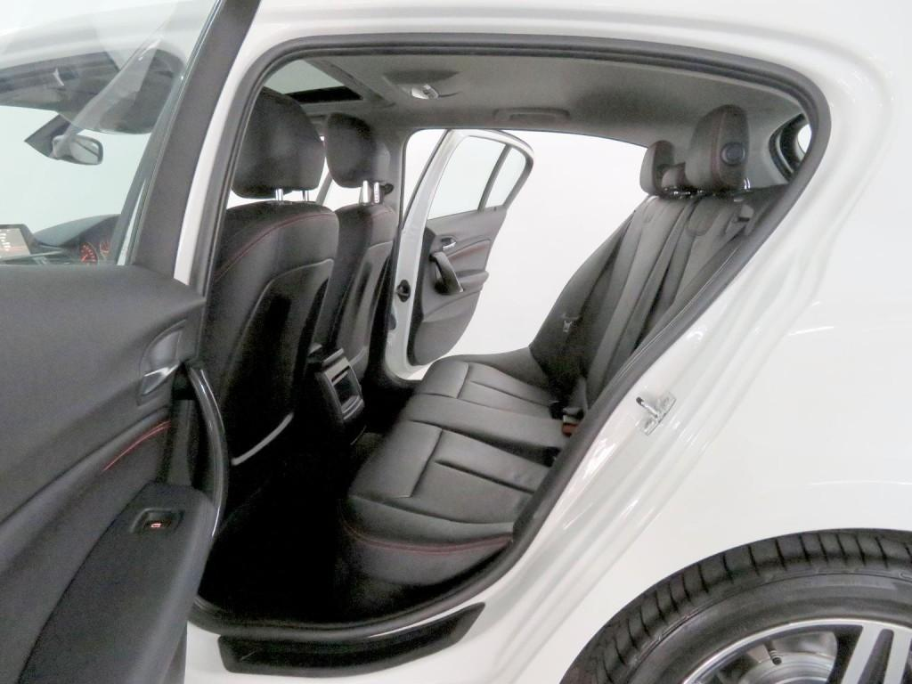 BMW  118IA SPORT