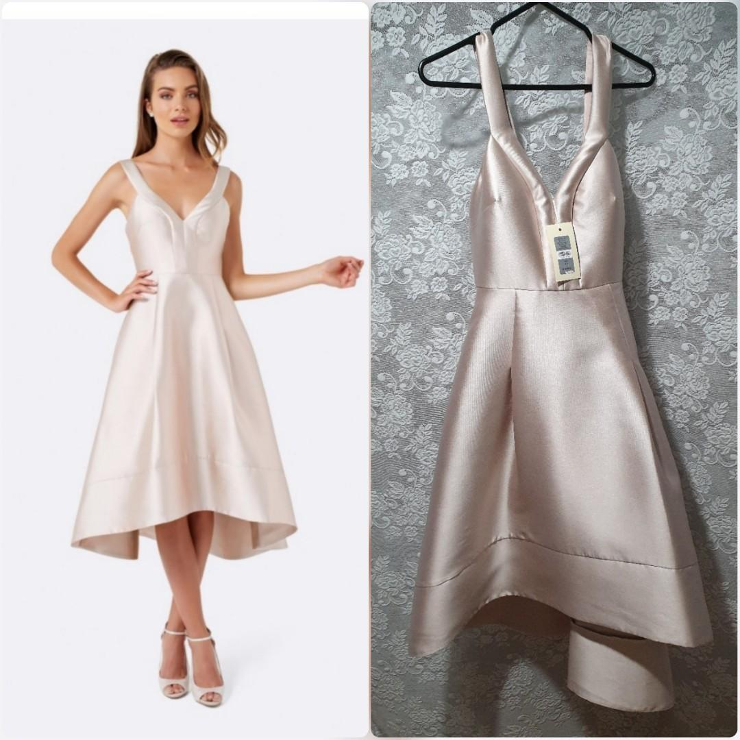 Brand new Size 10 Forever New formal dress deep V