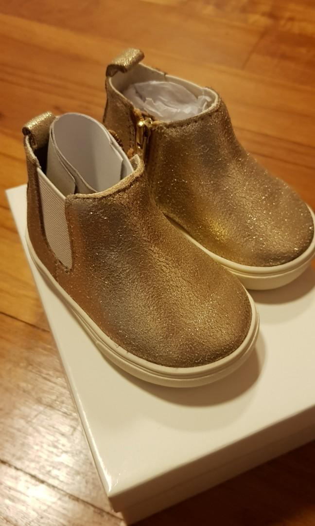 Country Road Baby boots size 18, Babies
