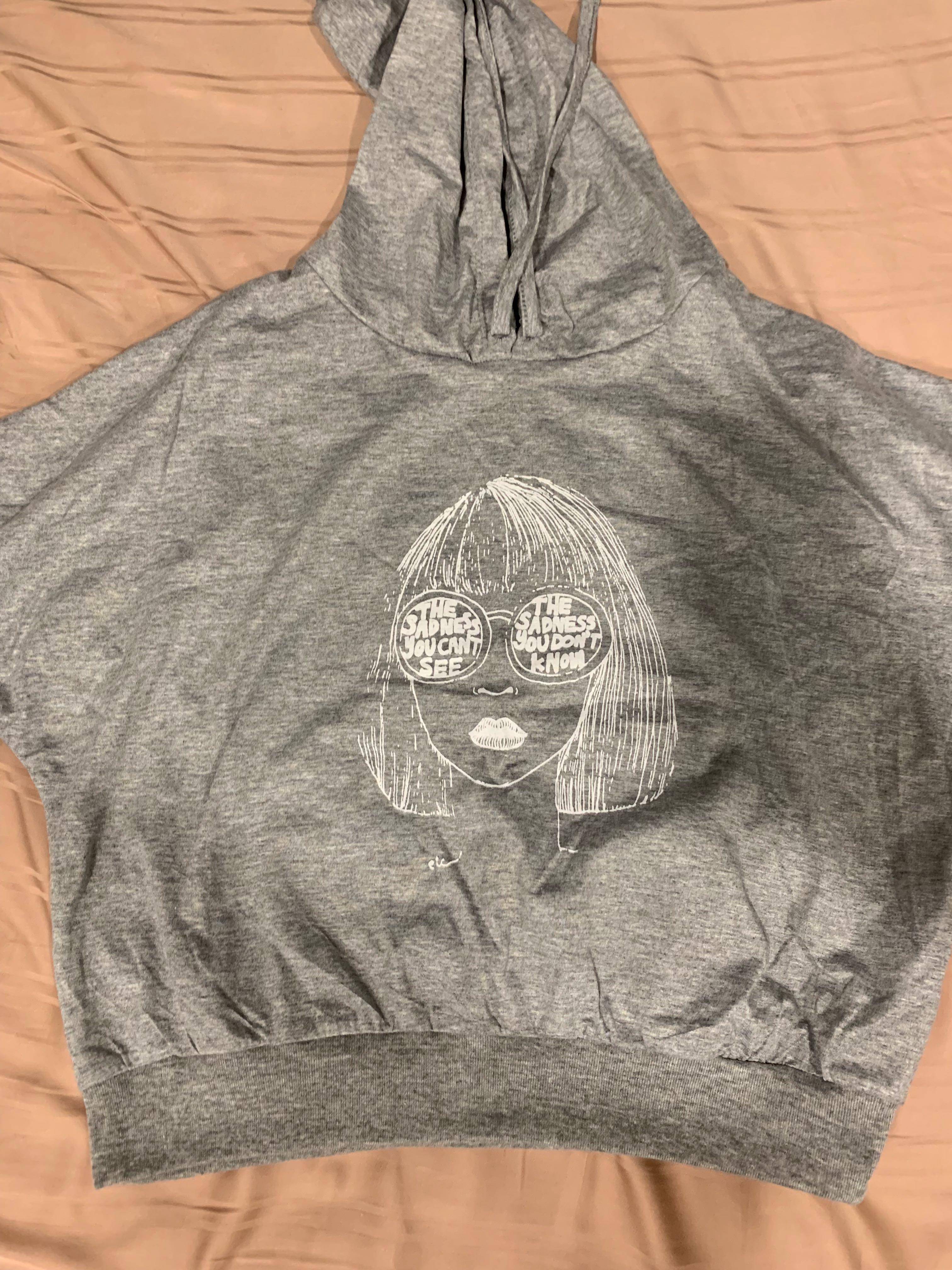 cropped hoodies !