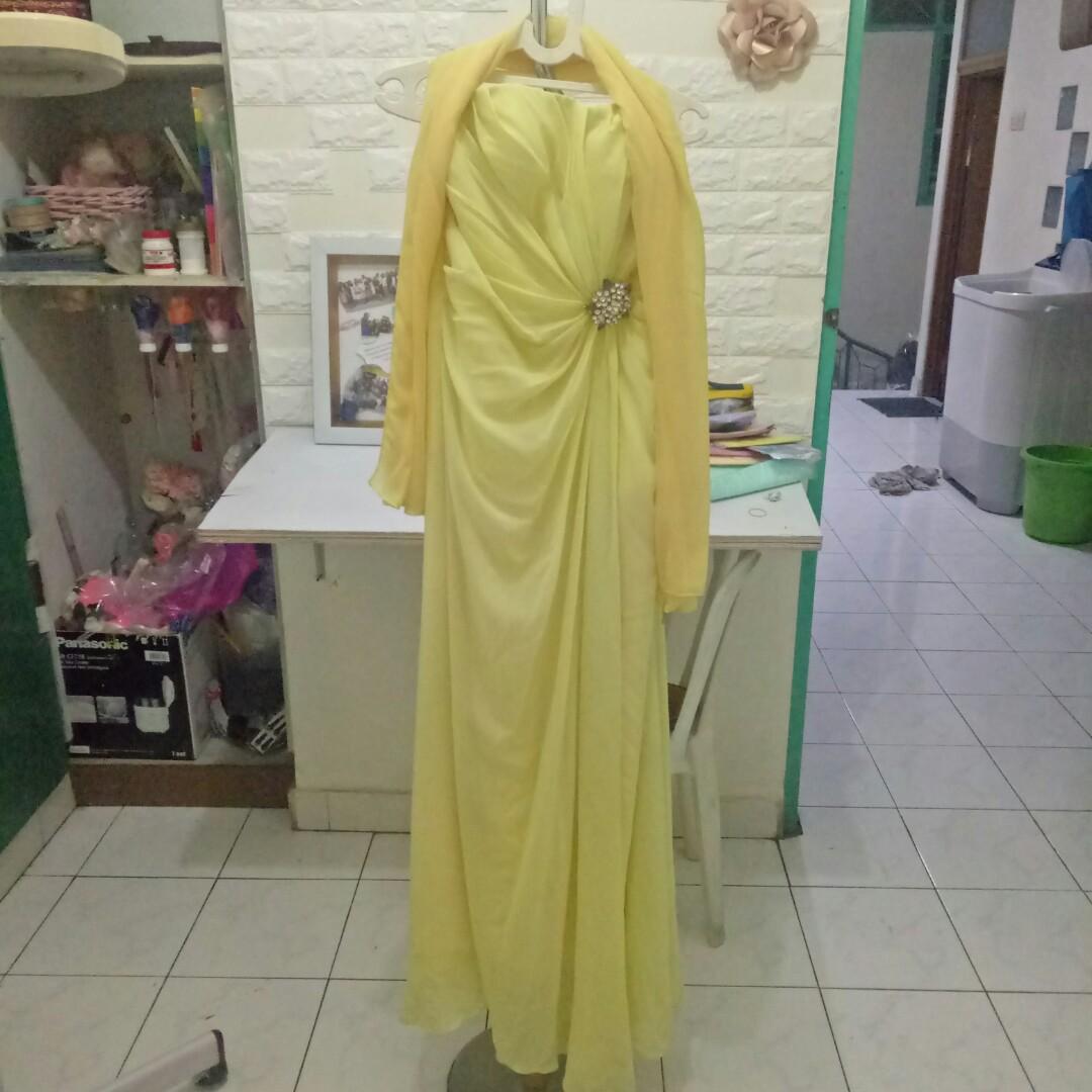 Gaun pesta/ gaun kuning/ gown