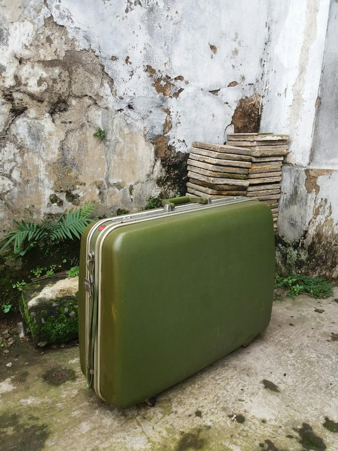 Green Army President Suitcase