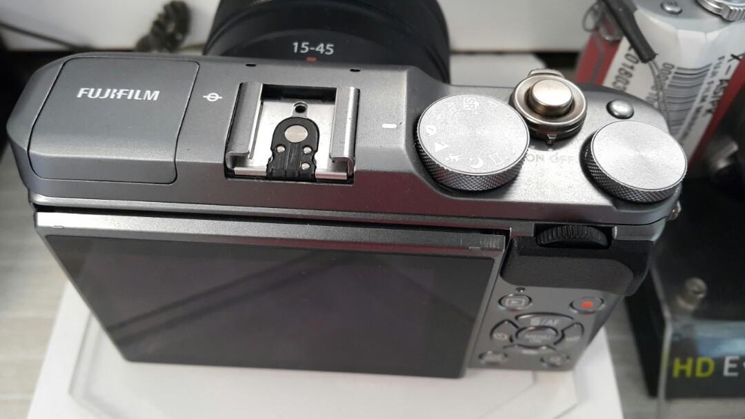 Kamera Mirrorless Fujifilm X-A5 Dark Silver