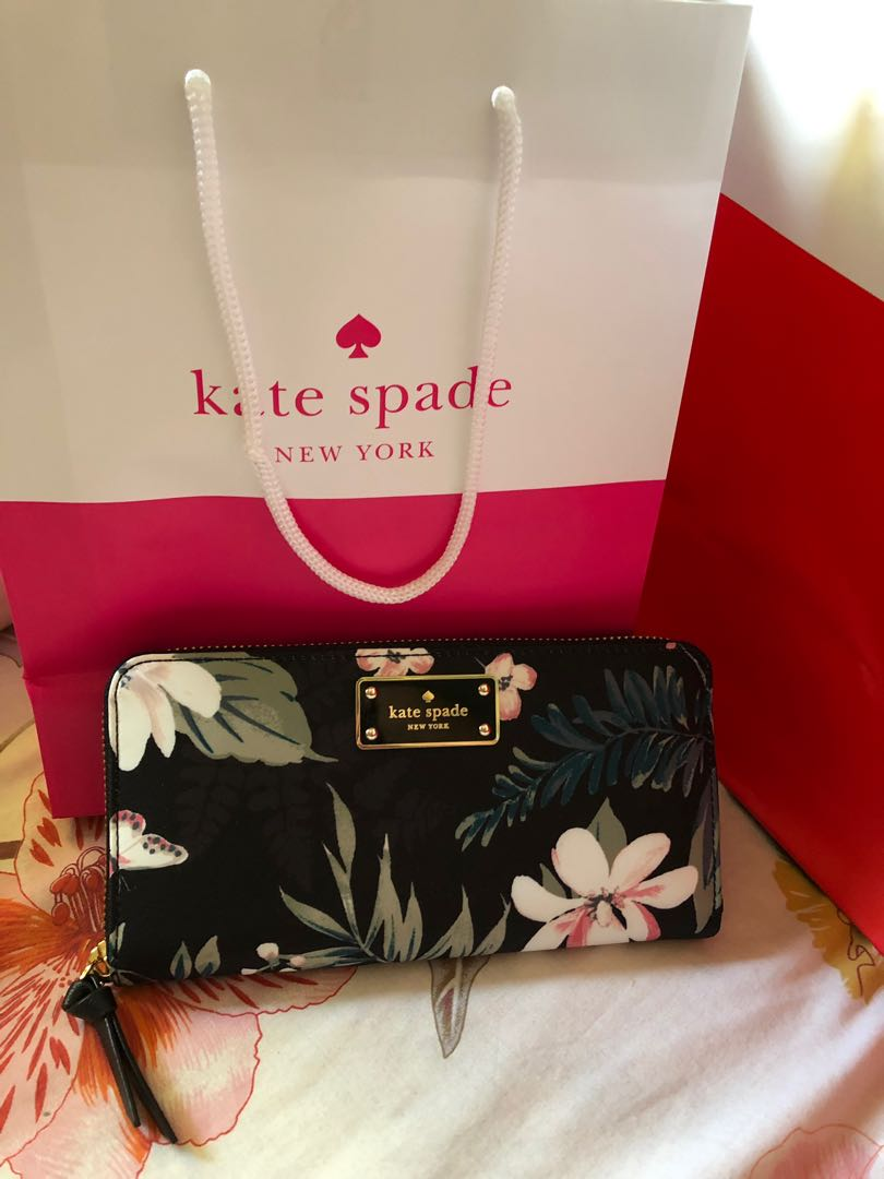 4f766181ec Kate Spade Botanical wallet, Luxury, Bags & Wallets on Carousell