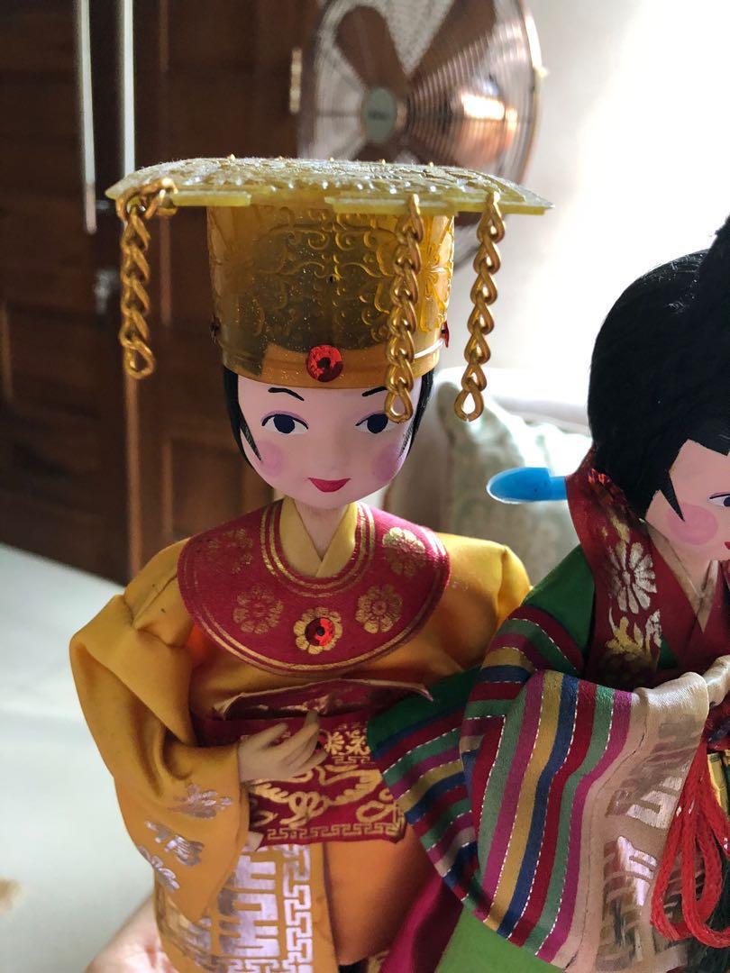 Korean Couple Dolls