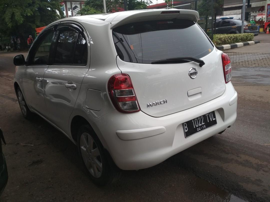 Nissan March xs 2012 matic,dp 8 jt