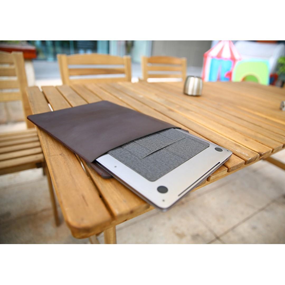 (PROMO!) Stand laptop Tertipis di dunia cuma 0.3mm dengan desain erdgonomic dan stylish
